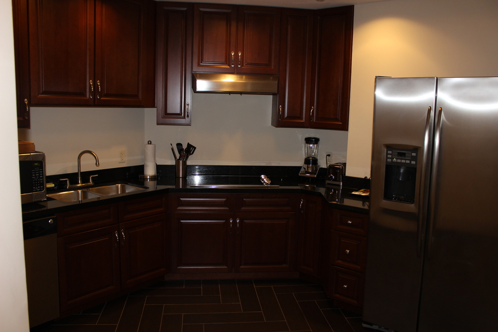 Presidential-Suite-Kitchen.jpg
