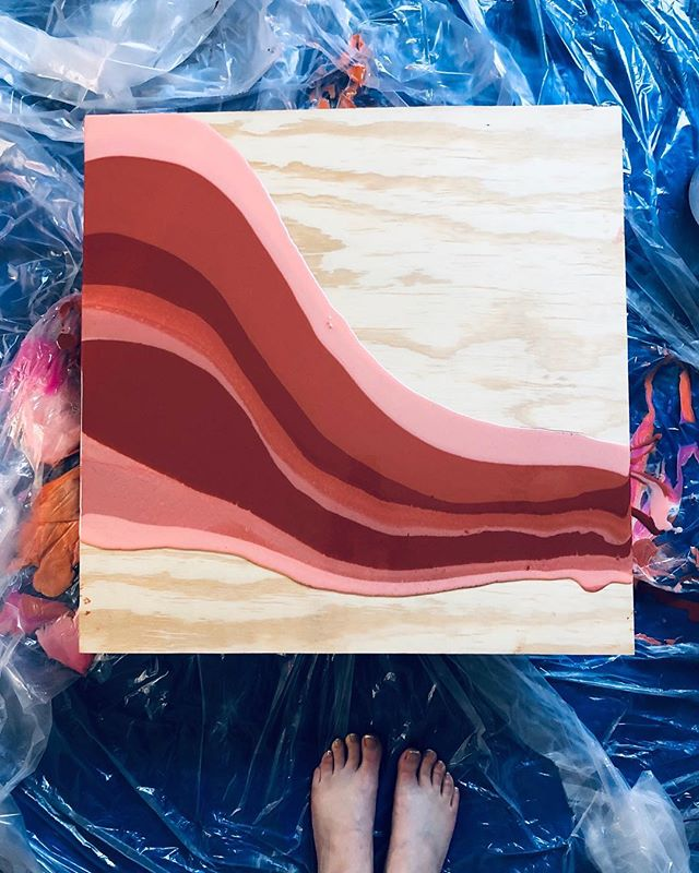 How the magic begins ✨ . . . #phoenixartist #artresin #artstudio #resinart #fluidpainting #fluidart_daily #fluid #fluidart  #designlife #interiordesign #makersgonnamake #makersmovement #azmakers #designideas