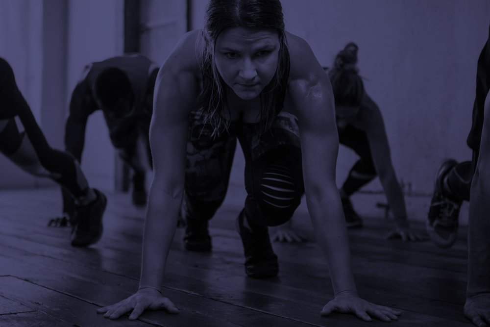 BURN CALORIES - Maximize your calories burned with our cardio, plyometric and heart rate holder exercises strategically placed in your workout and scientifically designed to boost your results. ROC STEADY will get you that lean toned body you have always wanted!