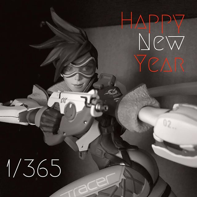 Happy New Year 🎊🎆🎈 To a great 2018 full video games. #happynewyear #videogames #overwatch #tracer #gamerlife