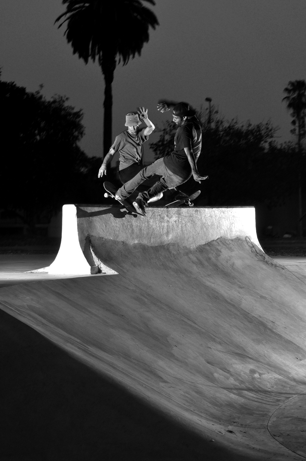 Jesse Hotchkiss and Mike Barnes - Yin Yang Front Rock- L.A.