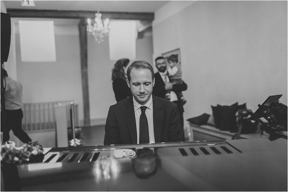 Pianist-Matthias Weiss.jpg