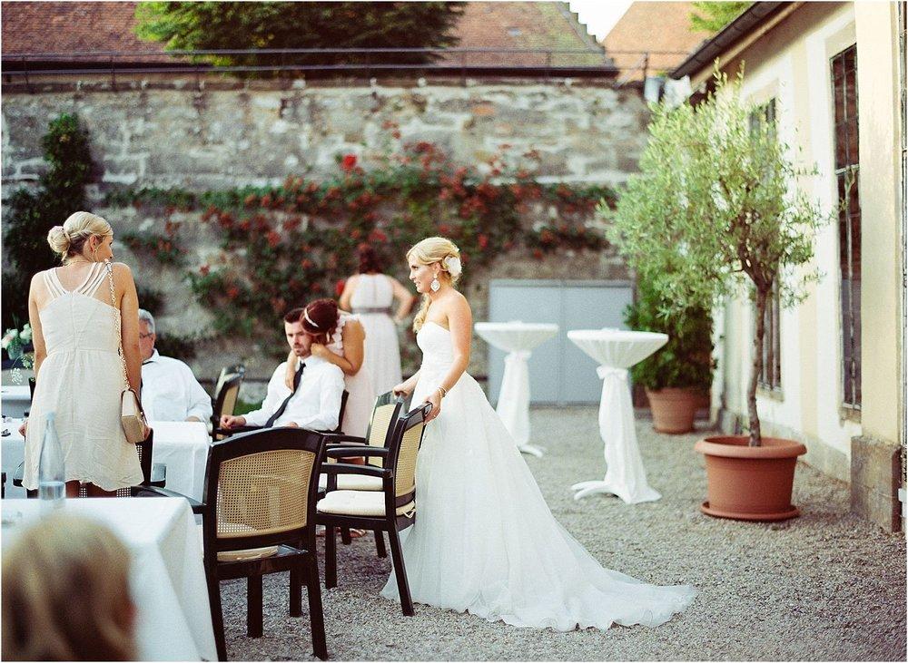 1.Hochzeitsfotograf- schloss-langenburg-karoline-kirchhof (48 von 63).jpg