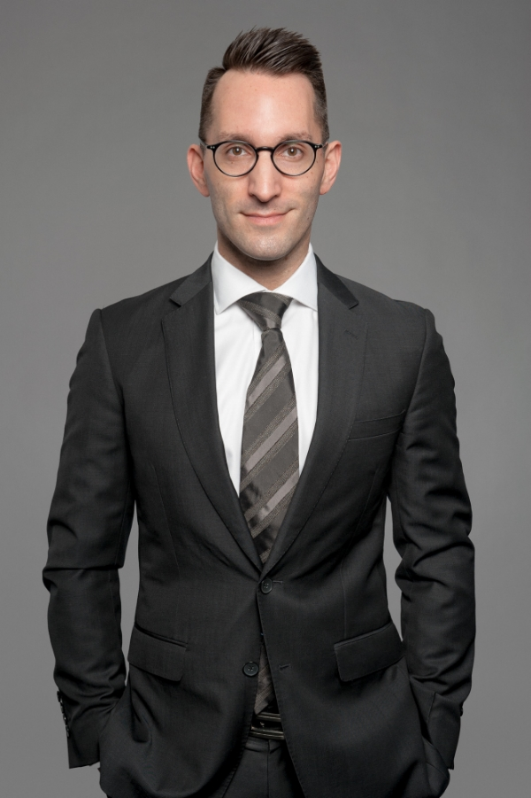 Jason Katsikaris is a specialist family law and divorce lawyer at KD Holmes Solicitors in Sydney