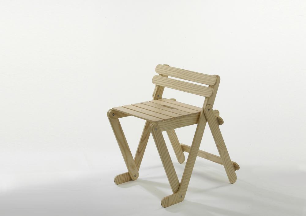 1011i chair copy.jpg