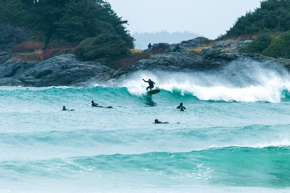 tofino_surf_photography_sol_maya_longboard_canada_Vancouver_Isand_2018.jpg