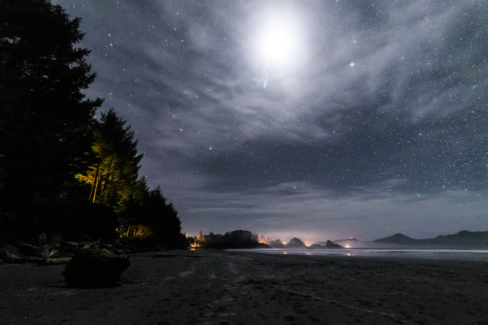 tofino_surf_photography-post_eclipse_blood_moon.jpg
