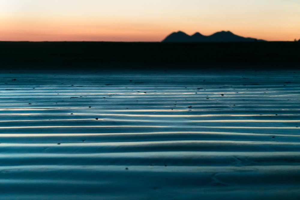 tofino_surf_photography-tide_line_mountians.jpg