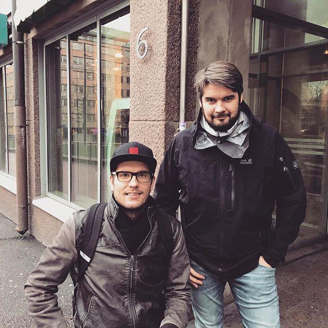 Itseluottamus.com on ollut mukana tulemassa Sam Öhmania hänen @soutaenkaribialle projektissaan. Sam aikoo siis olla ensimmäinen suomalainen, joka ylittää Atlantin valtameren yksin soutaen. Hän lähtee matkaan joulukuun 12. päivä Kanarialta. Perillä ollaan +/- 90 päivän kuluttua. Sam ja Niko tulevat olemaan puhelinyhteydessä läpi matkan, sillä henkinen puoli tulee olemaan äärimmäisen kovilla tällaisessa suorituksessa. #itseluottamus #soutaenkaribialle #samöhman #ylitäitsesi #toteutaunelmasi #huomentasuomi