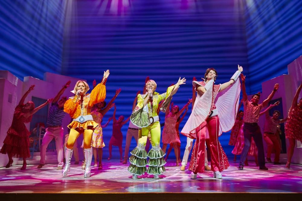 The theatrical stage show of MAMMA MIA will perform at HOYS.
