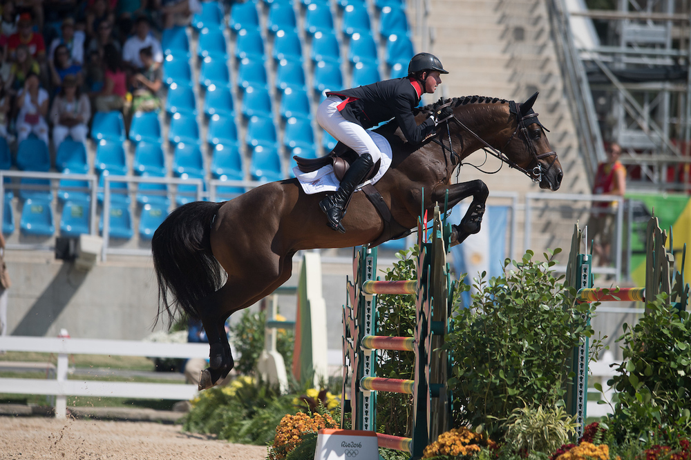 Ben and Tic Tac picked up four faults in the individual jumping final (Jon Stroud Media)