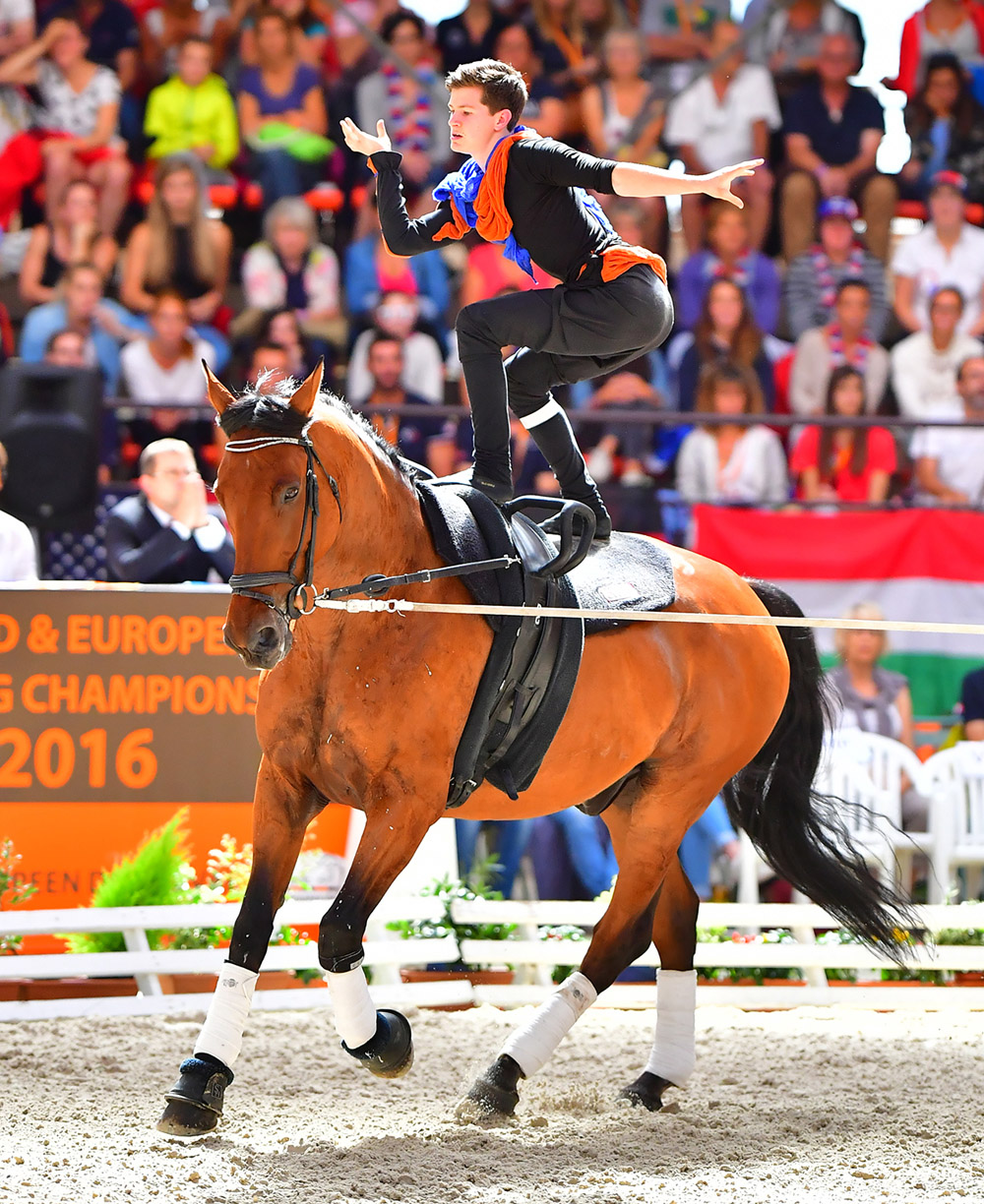 Lambert Leclezio (MRI), gold Individual Senior Male, 2016 FEI World Senior and European Junior Equestrian Vaulting Championships (FEI/Daniel Kaiser)