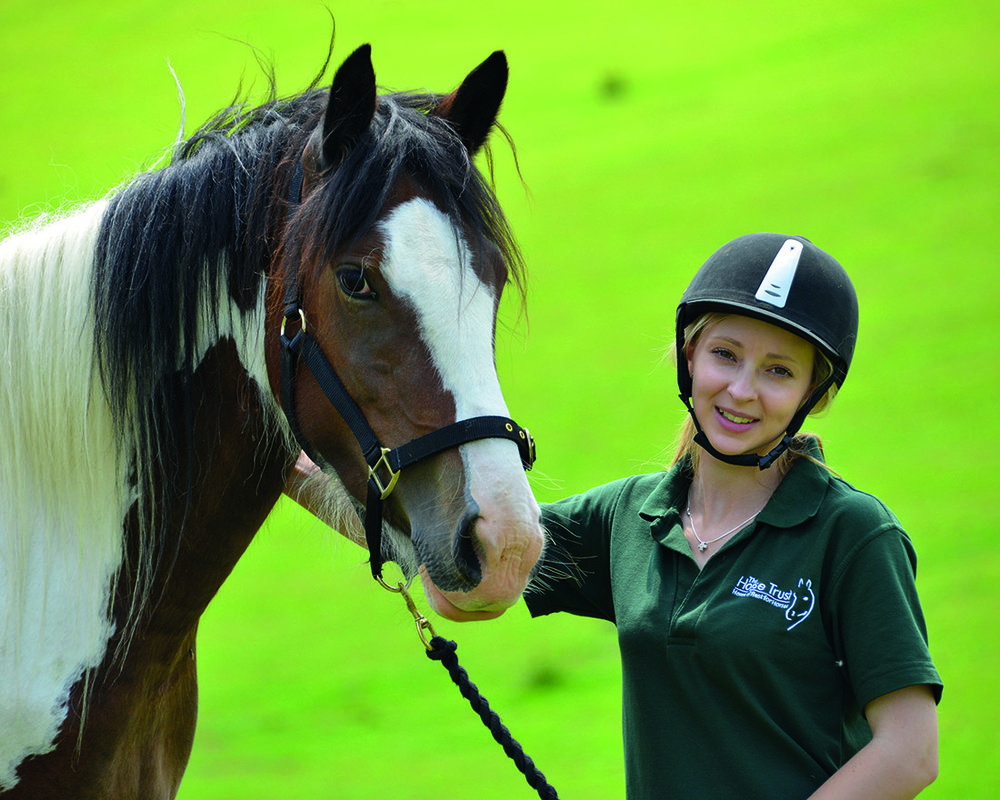 Hartpury Masters student, Sian Ellis,  presented her research on equine rewards at the 12th International Society for Equitation Science Conference in France