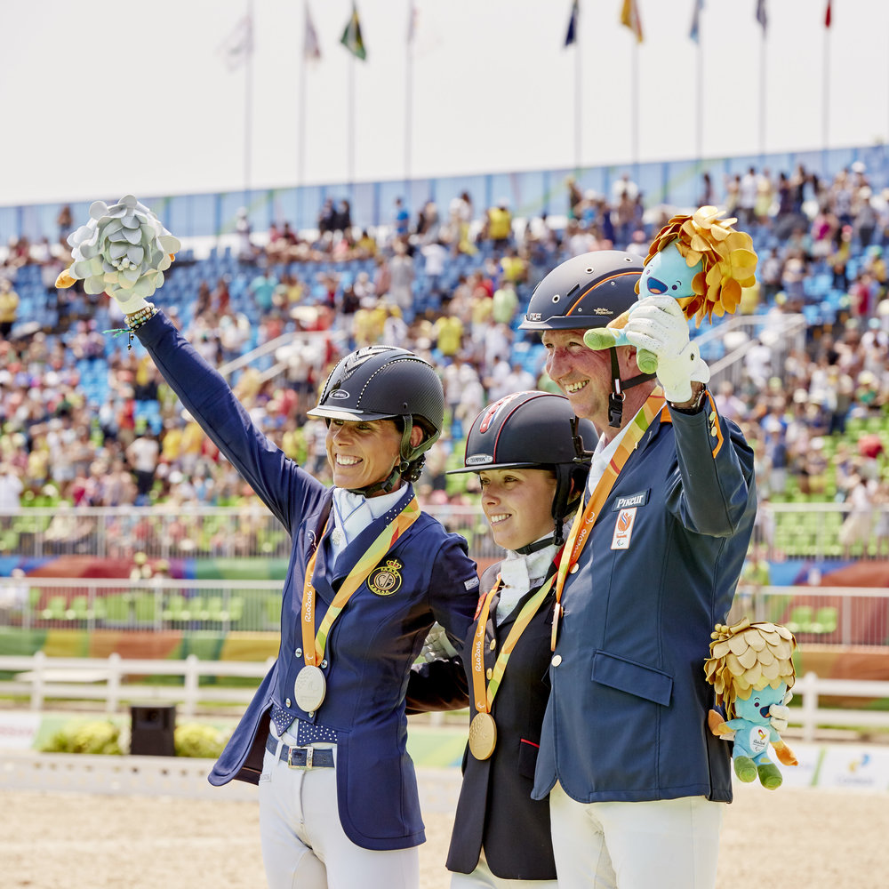 Rio 2016 Paralympics Grade IV podium – gold Sophie Wells (GBR), silver Michèle George (GER), bronze Frank Hosmar (NED) (Liz Gregg/FEI)