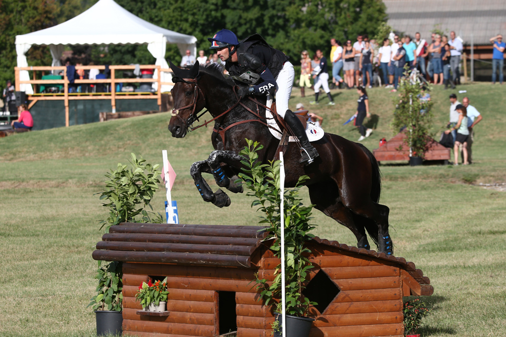 France's Francois Lemiere and Ogustin du Terroir lead team France to victory at Vairano (ITA), seventh leg of the 2016 FEI Nations Cup™ Eventing, also taking individual second place in the CICO*** (Stefano Secchi/FEI)
