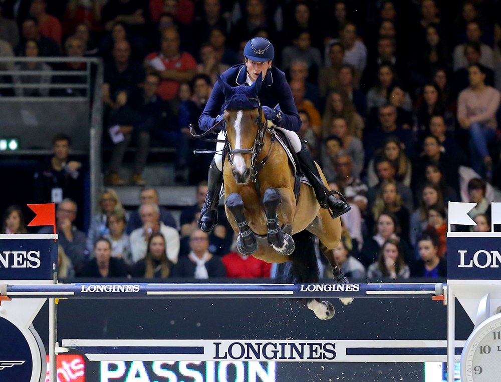 Germany's Daniel Deusser and Equita van T Zorgvliet galloped to victory in the third leg of the Longines FEI World Cup™ Jumping 2016/2017 Western European League at Lyon, France today. (Credit: Pierre Costabadie/FEI)