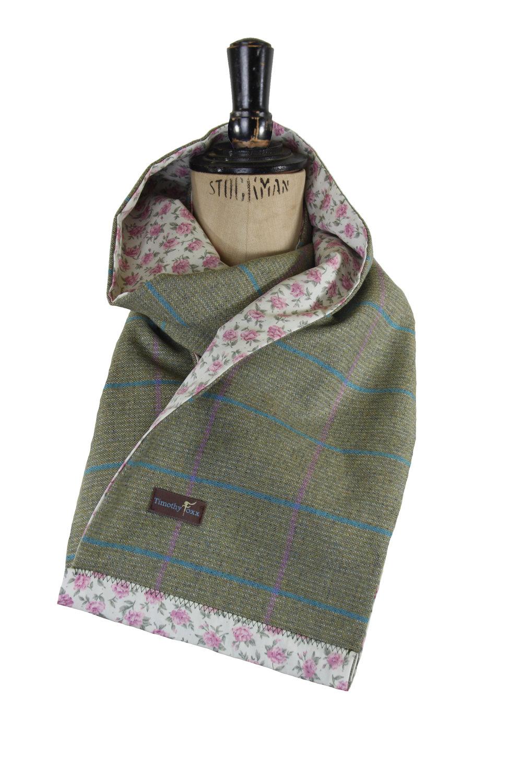 Timothy Foxx scarf