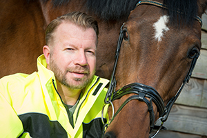 Lee pearson with horse