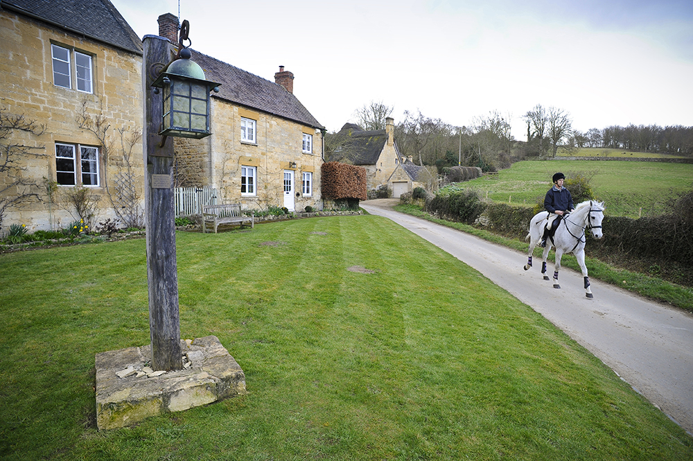 Hacking in cotswold village