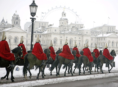 Horse Guards in the Snow - £5.99 (pack of 10) from the Blue Cross