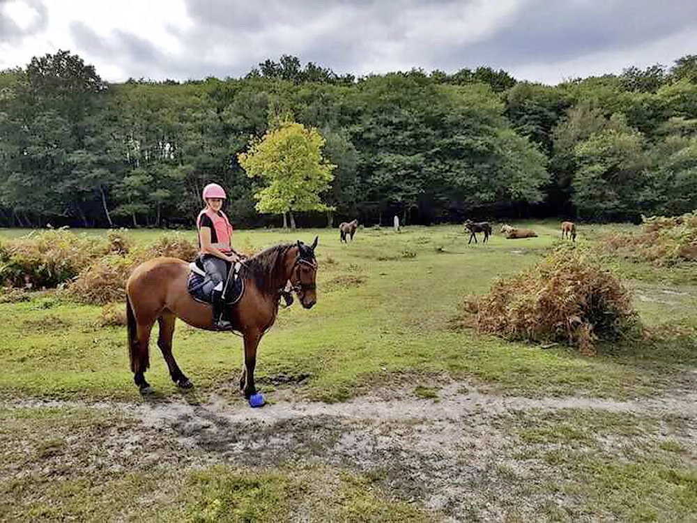 Joanna and Summer hacking the New Forest