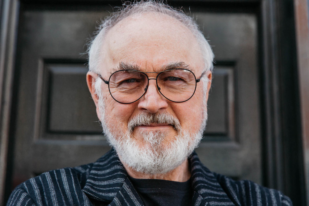 Downton Abby Star Peter Egan will do a reading at Brooke's carol service