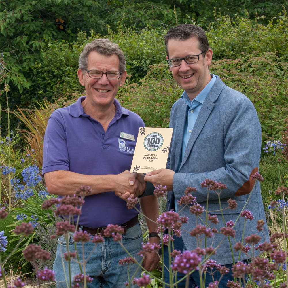 Garden News editor Simon Caney (right) presents the award to Nick Hamilton
