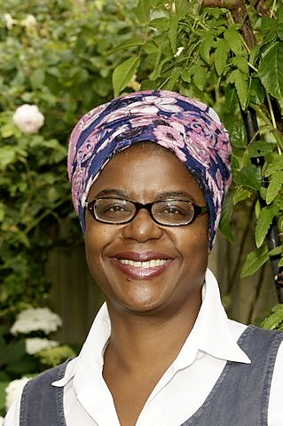 Advolly Richmond is an RHS-qualified garden, landscape and social historian. Her lecture subjects span the 15th – 20th centuries and she's passionate about her own garden.