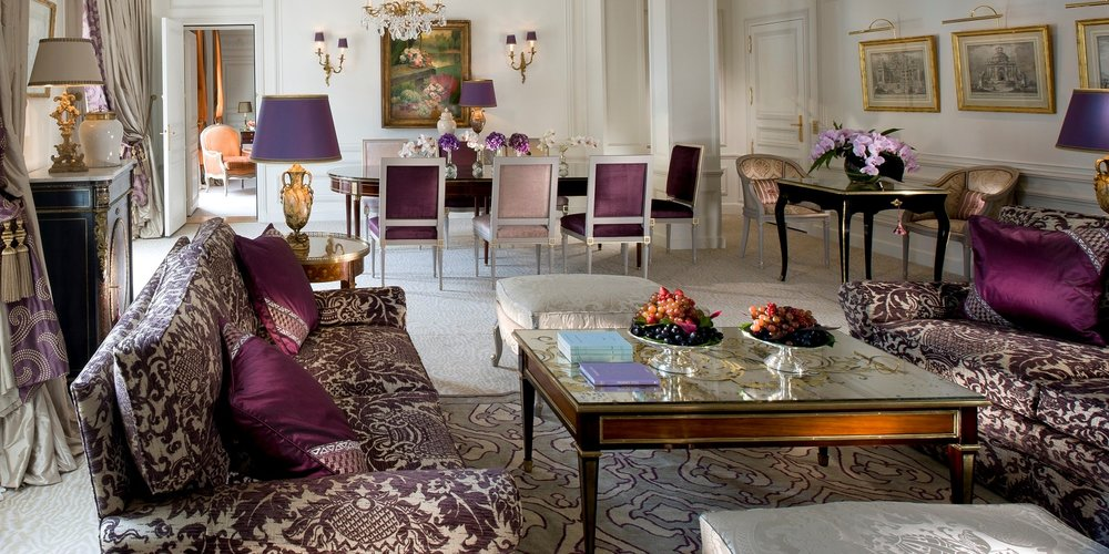 living-room-in-the-royal-suite-at-hotel-plaza-athenee.jpg