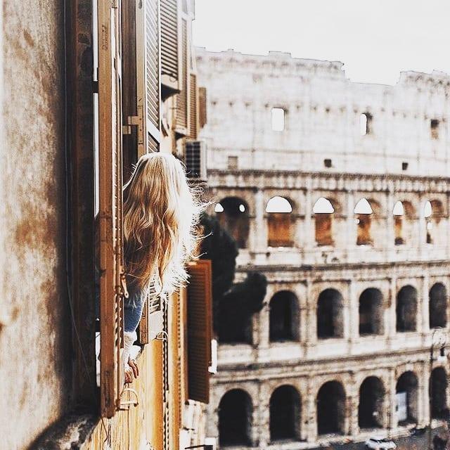 Me quedaría horas admirando tanta belleza. Buenos días! 😊😍📸❤️😊 #saturday #sabado #weekend #weekendmood #findesemana #roma #rome #colosseo #italia #lagrandebellezza #cittaeterna #luxury #luxurylifestyle #instapic #instamoment #instatravel #travel #travelingram #traveller #travelpic #travelworld #globetrotter #wanderlust #blackpeonia