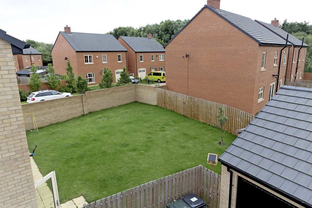 4-sf-garden-orion-way-doncaster.jpg