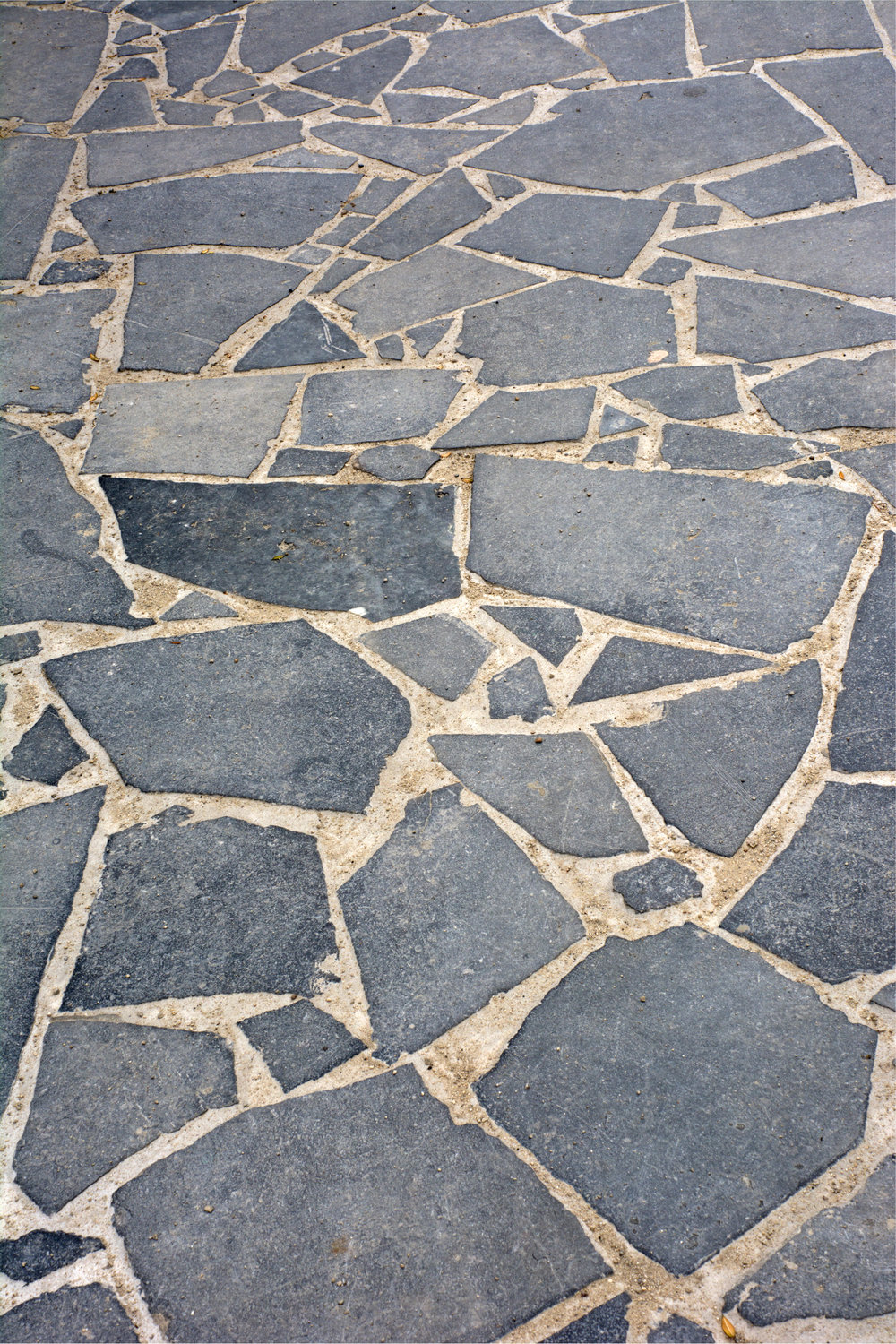 Reclaimed crazy paving
