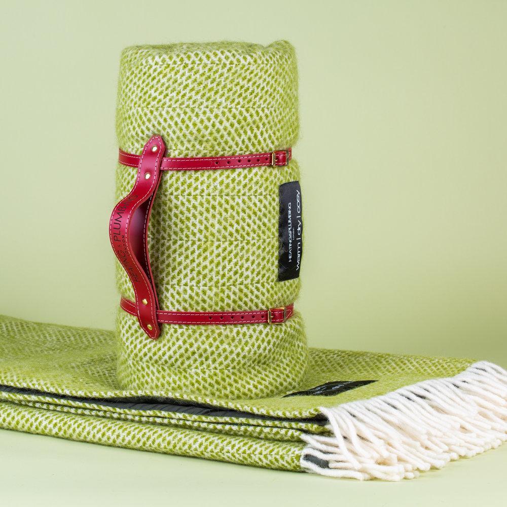 Pure new wool waterproof picnic blanket -  Kiwi Green
