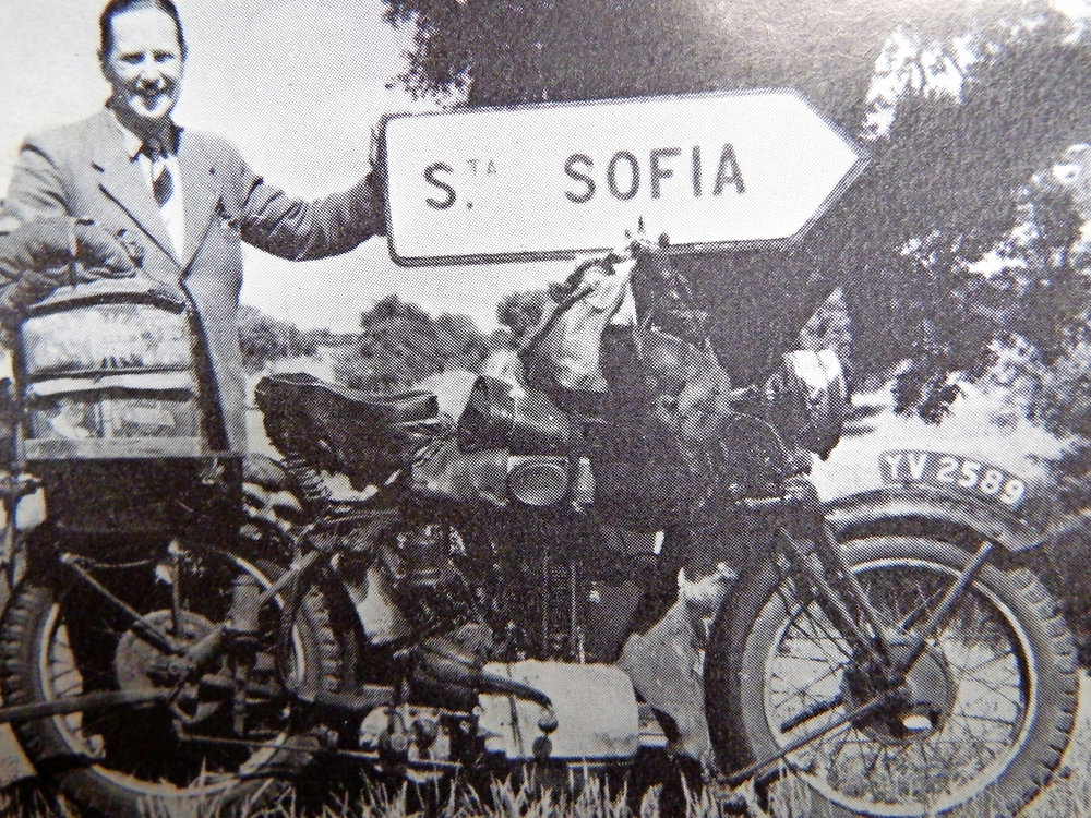 John Masterman and his Norton, with its 'bodged' cylinder head, that took him all around the world