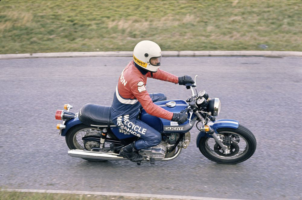 Ducati 860 had a surging V-twin and stable frame, but a too-tall seat and a high-speed weave