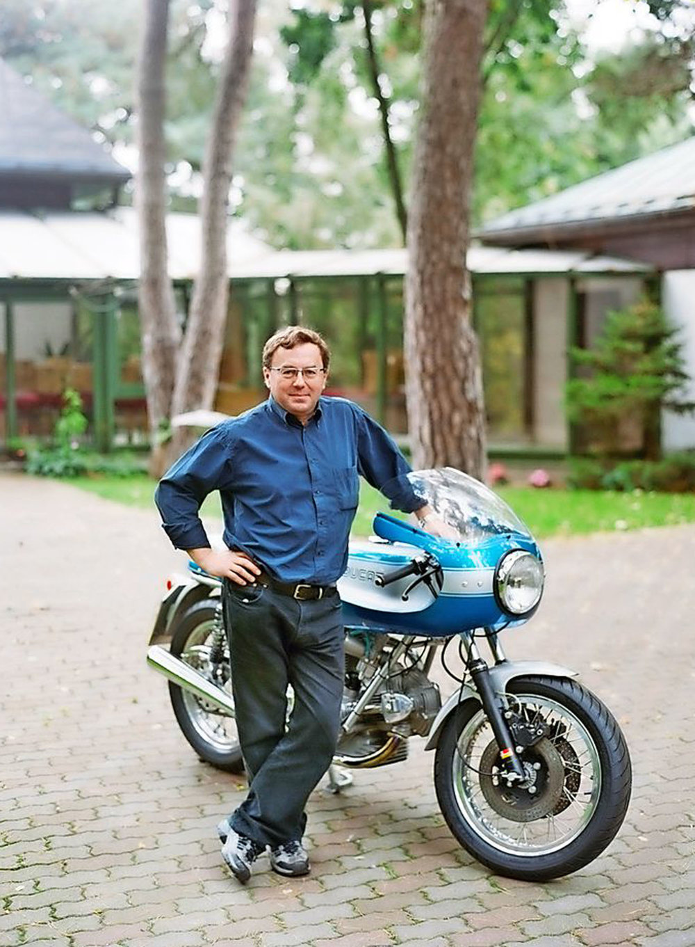 """Zed and his 1975 900SS: """"Japanese fours sounded like domestic appliances"""""""
