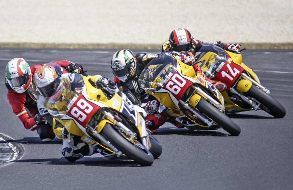 Team Ireland's Paul Byrne gets attacked by the yellow swarm of McWilliams, Peter Hickman and PB's own Michael Rutter