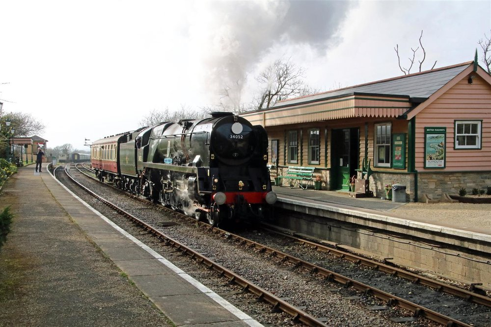 Jeremy Hosking's 'West Country', No. 34046 Braunton (running as No. 34052 Lord Dowding) nears the end of its journey as it steams through Harman's Cross on its way to Swanage on March 28. ANDREW P. M. WRIGHT