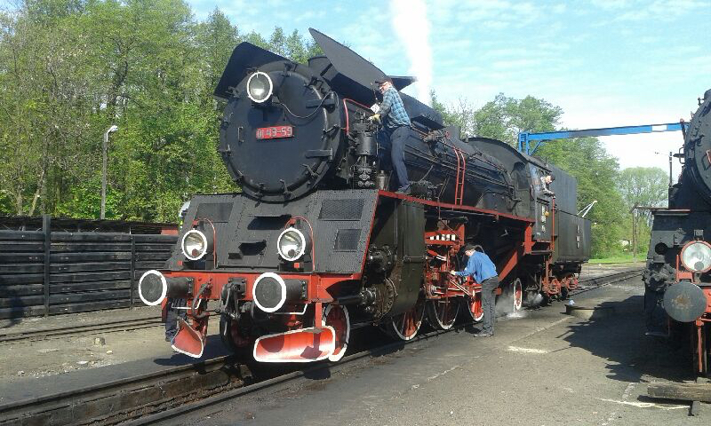 Polish 2-6-2 Ol49-59 became the first steam locomotive to haul a timetabled main line service in three years on May 15, with its first run between Wolsztyn and Leszno. TONY STREETER