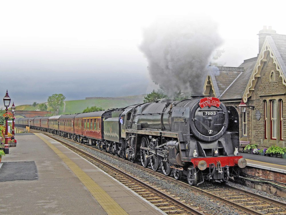 BR '7MT' No. 70013  Oliver Cromwell  powers through Kirkby Stephen on August 27 2008. EDDIE BOBROWSKI