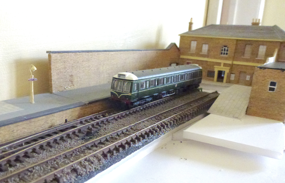 Chris is forced to scratchbuild, as he continues his project to recreate Staines West in 'N' gauge. CHRIS LEIGH