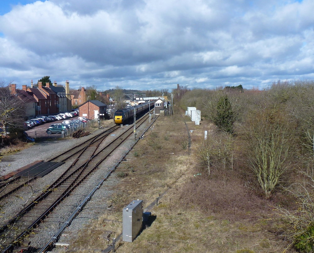 Moreton-in-Marsh station showing the signalbox and station modelled by Oxford Rail, and the surviving goods shed to the left of the HST. (CHRIS LEIGH)