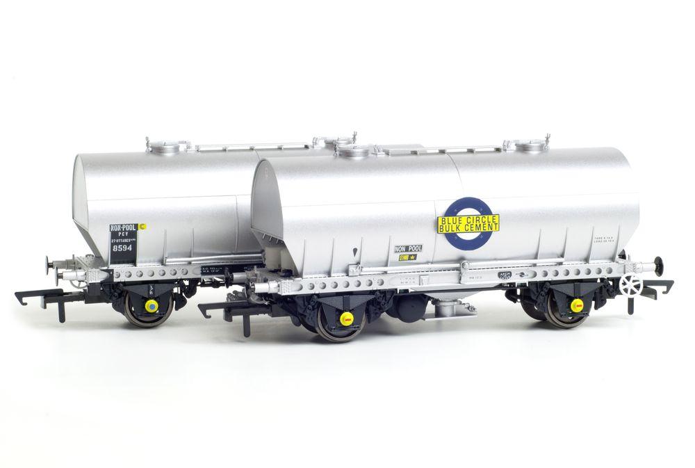 Accurascale 'Cemflo' PCV cement wagons