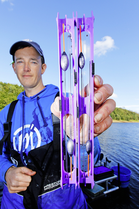Lee set up a number of large rugby ball-shaped pole rigs to combat strong winds and undertow.