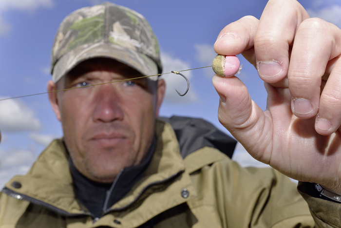 Half a bottom bait with half a pop-up makes a critically-balanced hookbait.