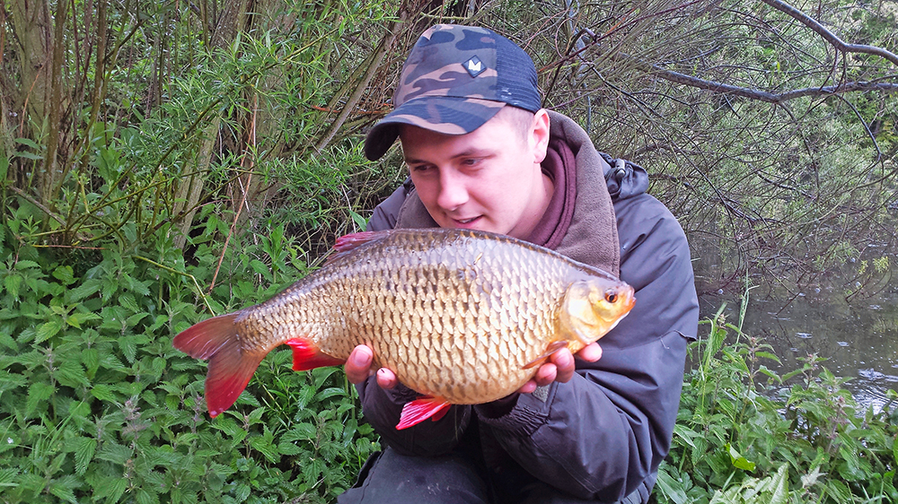 Dave Garner and his 4lb rudd from a Lincs lake.