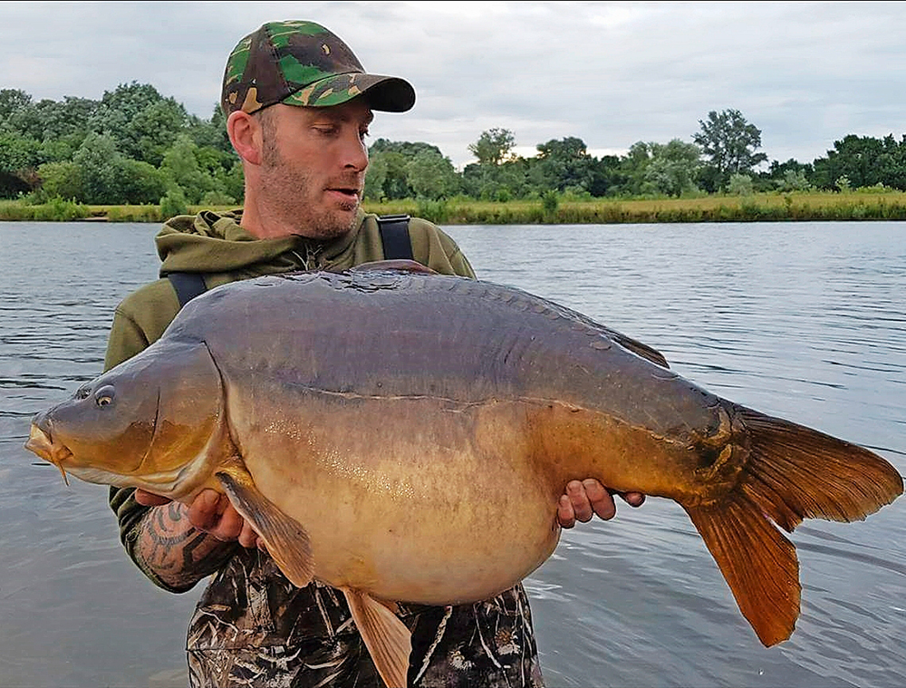 Darren Frisby's 48lb 10oz Party Point mirror.
