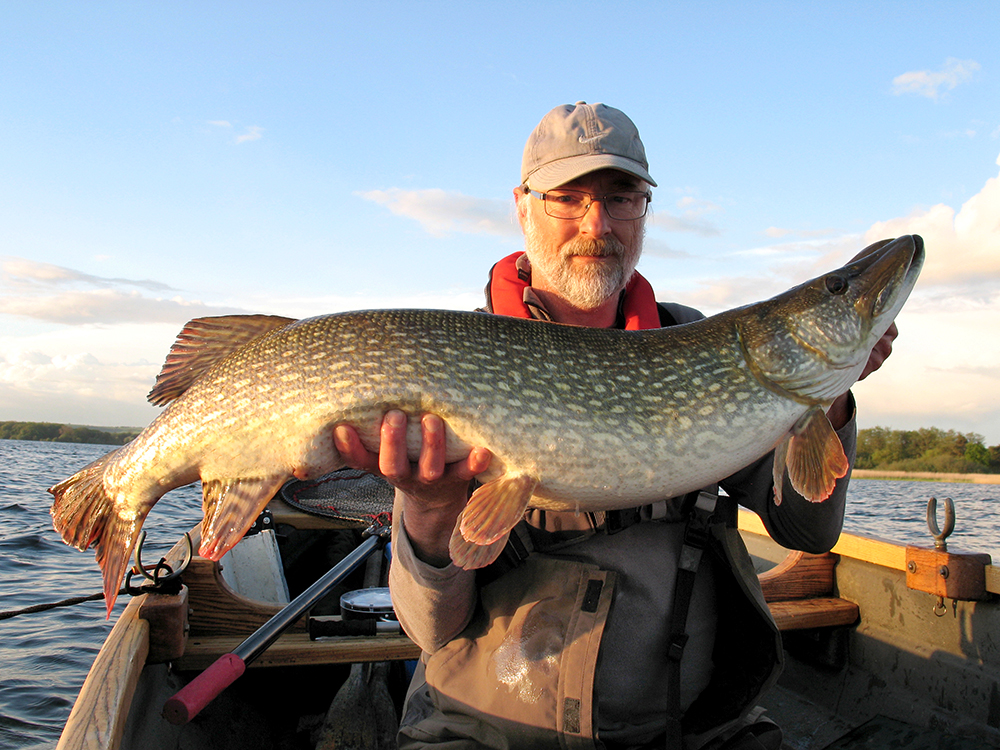Martyn Cattermole with his 30lb 8oz pike.