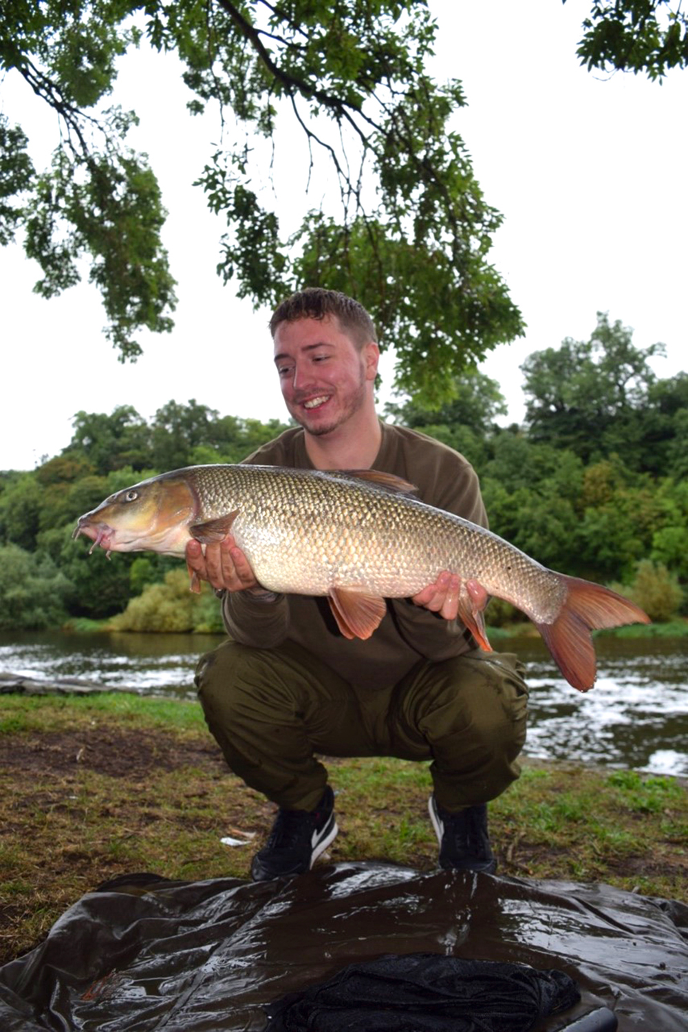 Dan Best had 12 double-figure Trent barbel.