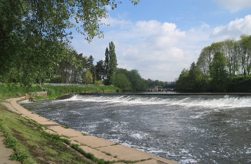 Diglis Weir, site of the new fish viewing gallery.
